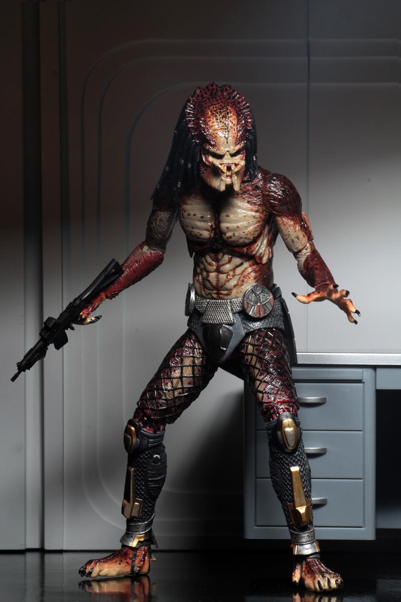"""Fugitive Escape Ultimate 7/"""" Action Figure-NEC51581-NECA The Predator"""